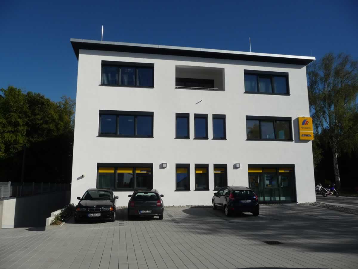 Verwaltungsgebäude Bild 2