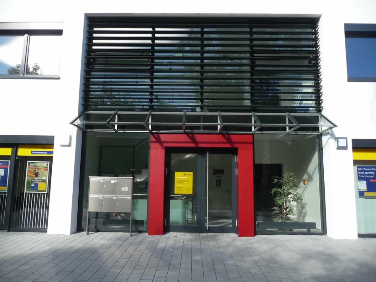 Verwaltungsgebäude Bild 4