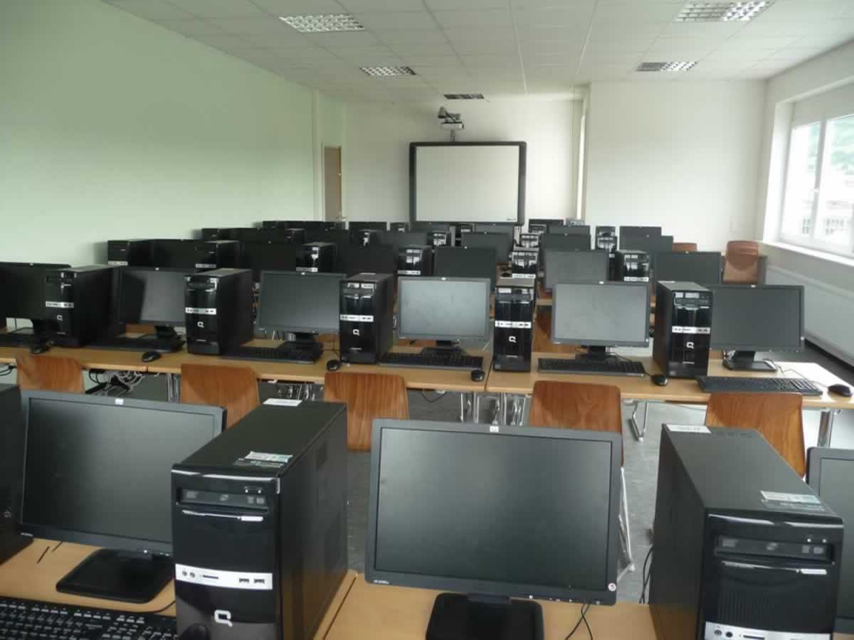 Private berufliche Schule - Bild 1