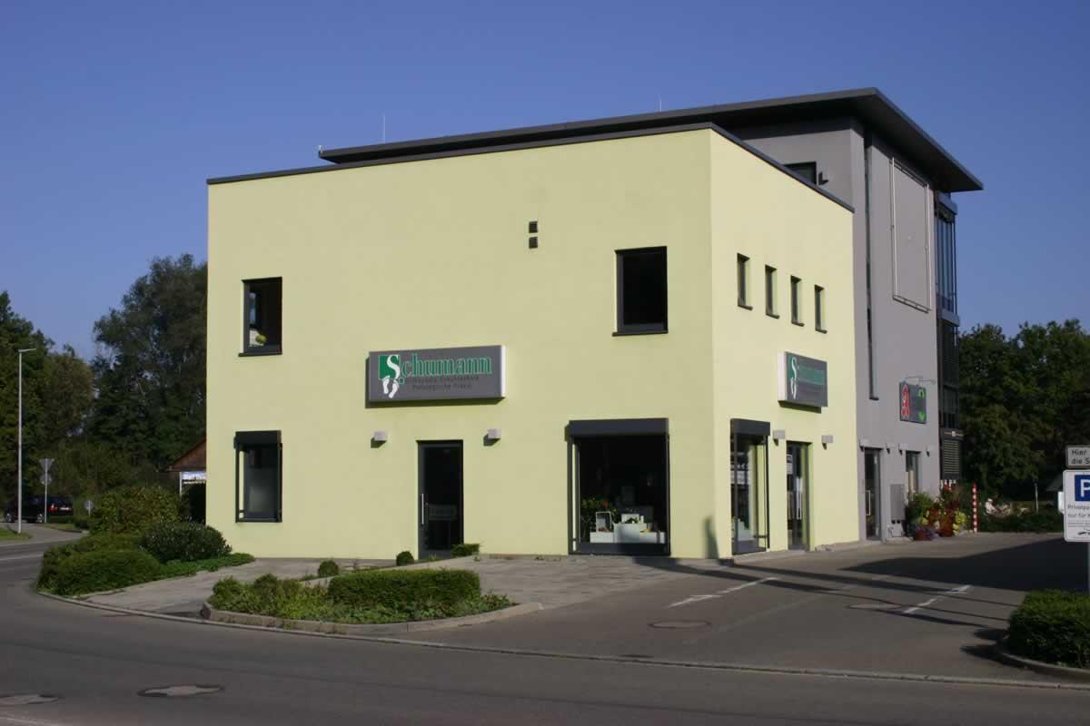 Bürogebäude und Verkaufsräume - Bild 4