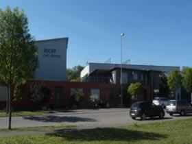 Verwaltungsgebäude mit Betriebswohnung und Fertigungshalle - Bild 1