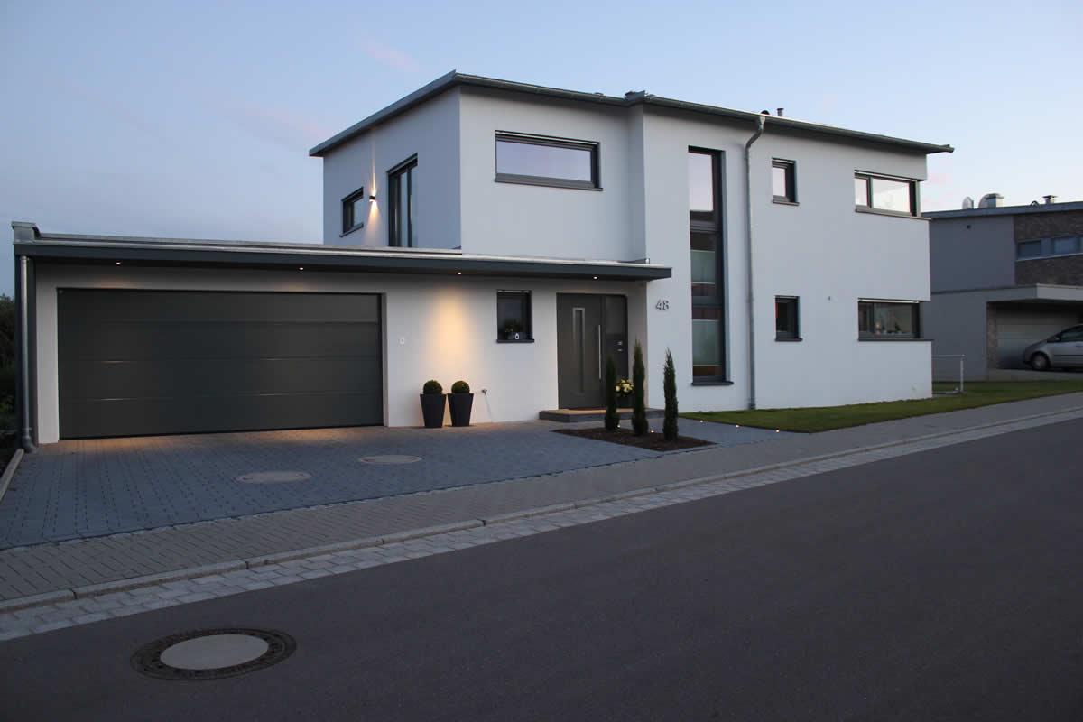 Einfamilienhaus mit doppelgarage  Neubau eines Einfamilienhauses mit Doppelgarage - Architekt ...
