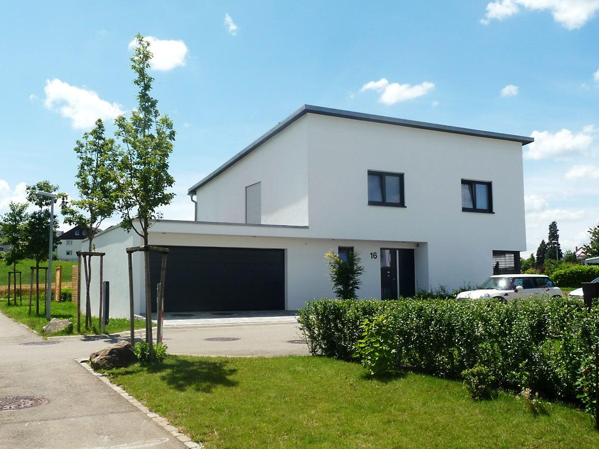 neubau einfamilienhaus mit doppelgarage 4 architekt reutlingen mittelstadt. Black Bedroom Furniture Sets. Home Design Ideas