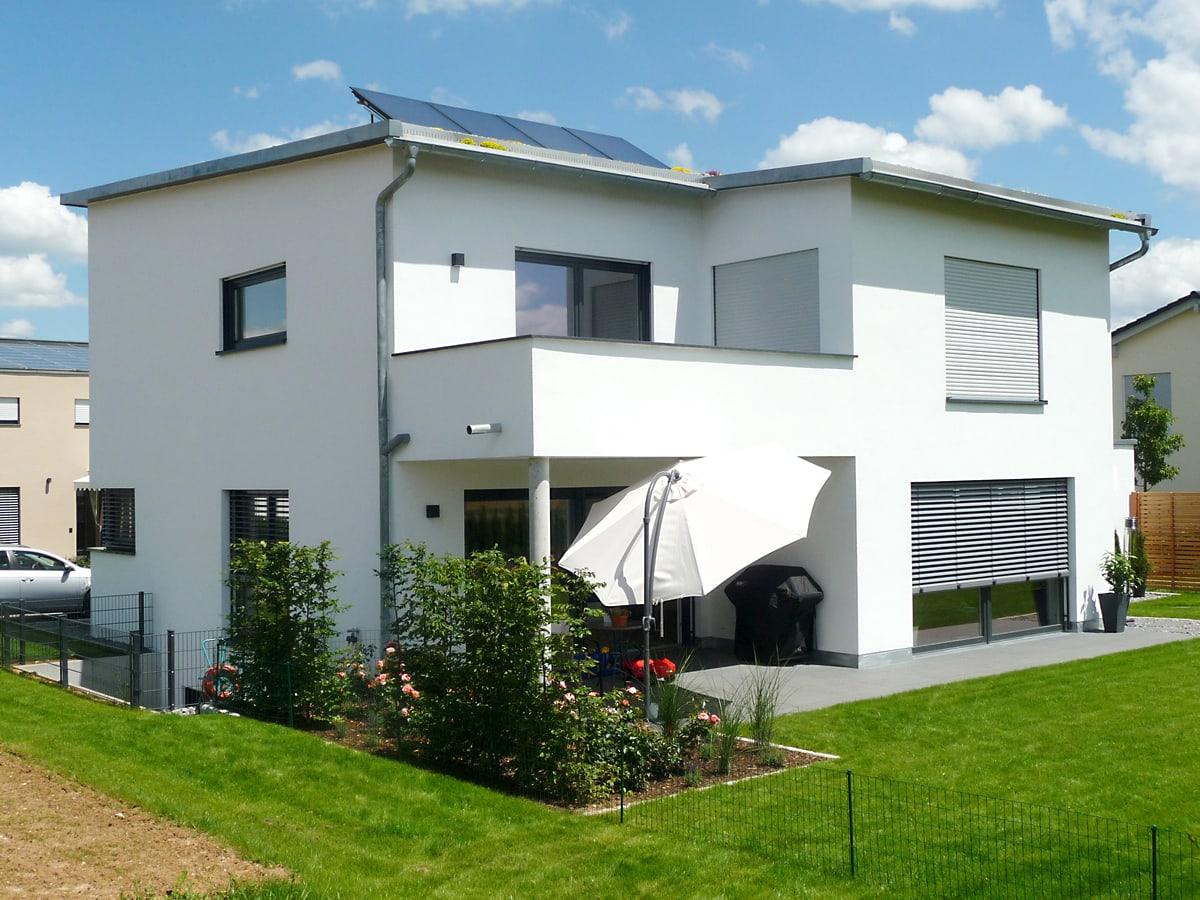Neubau Einfamilienhaus mit Doppelgarage 2016- Ansicht Terrasse