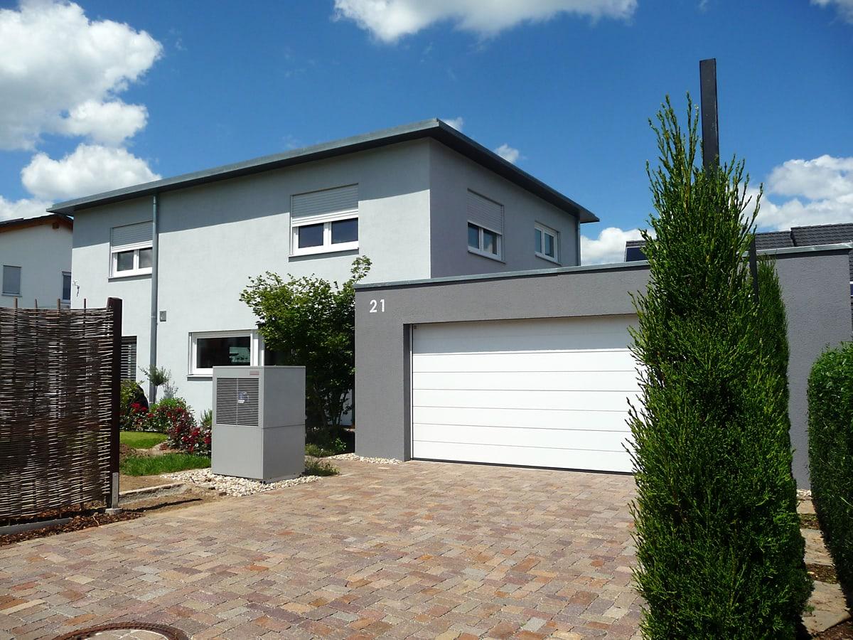 Neubau Einfamilienhaus mit Doppelgarage 2014 - Ansicht Garage