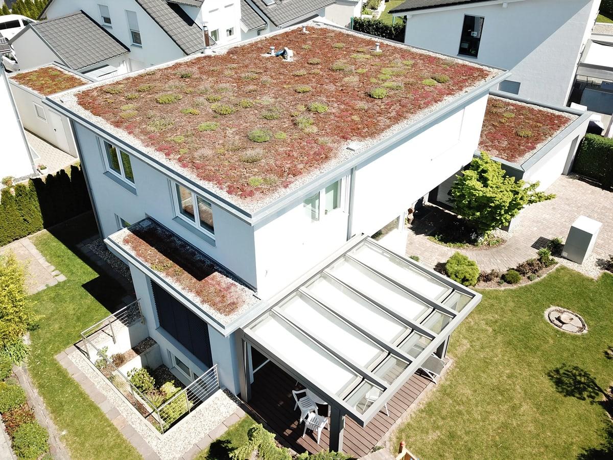 Neubau Einfamilienhaus mit Doppelgarage 2014 - Ansicht Drohnenaufnahme